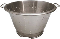 Stainless steel colander with 2 handles