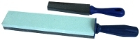 Oil sharpening stone with handle